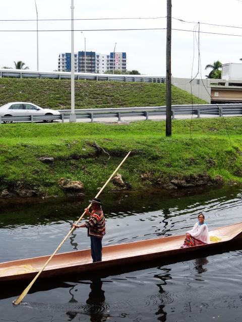 canoe and miami traffic