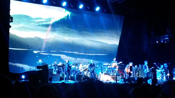 Beck's opening set, a near-complete runthrough of the new album.
