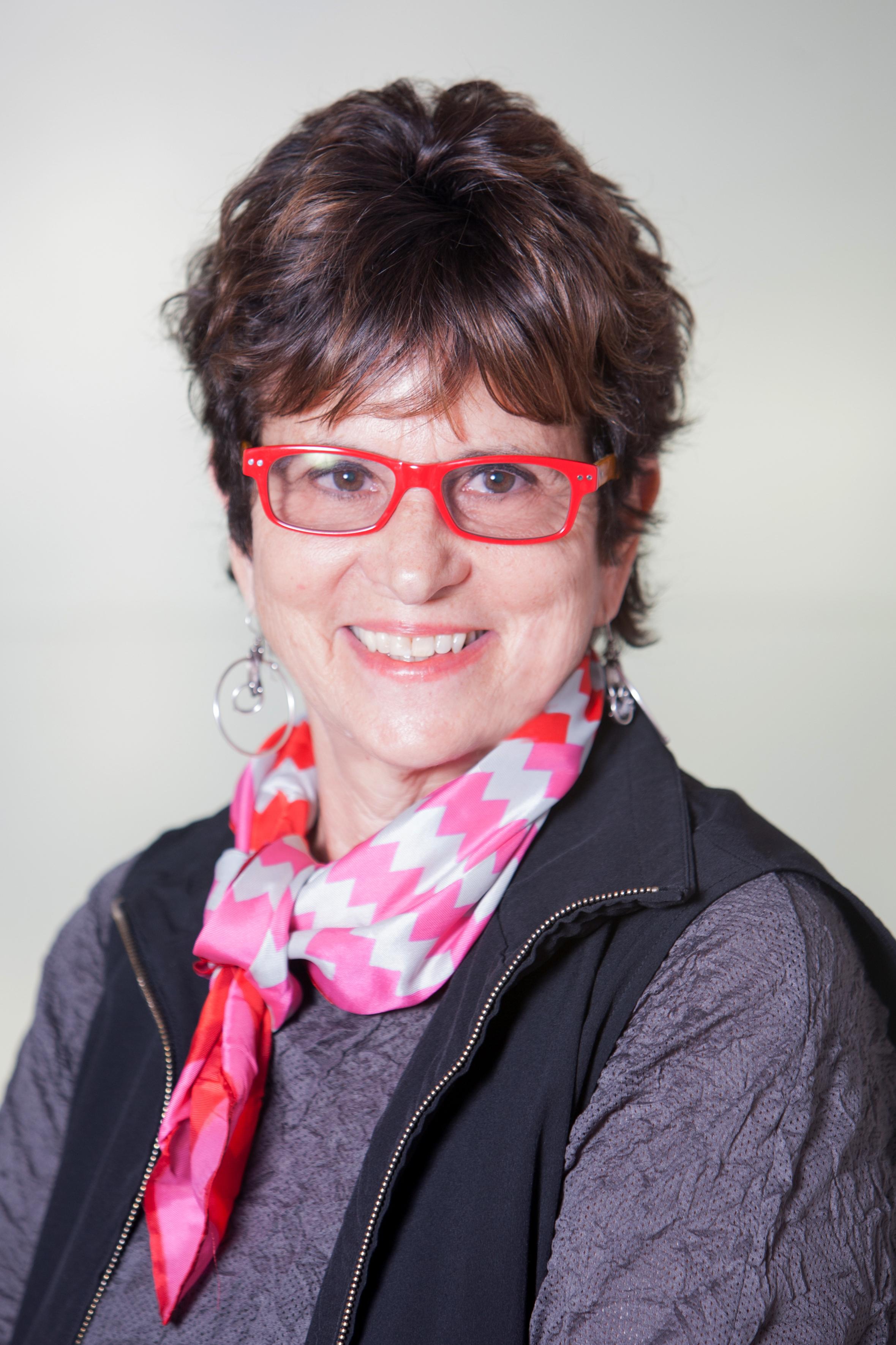 Francie Bishop Good, artist and arts collector